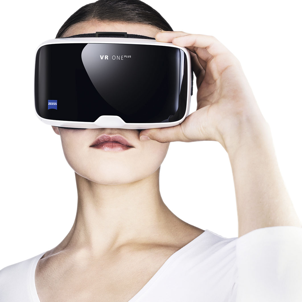 VRヘッドセットZEISS VR ONE Plus